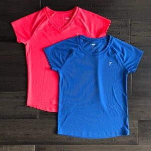 2 Old Navy girls sports T-shirt's pink and blue